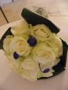 Bouquet de mariée de roses blanches